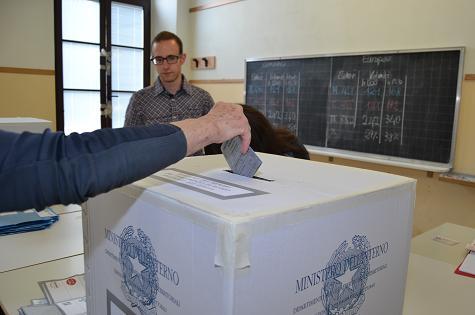 Valseriana e Val di Scalve: ad una settimana dal voto 11 i comuni con una sola lista. Attenzione al quorum