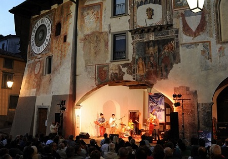 Clusone Jazz torna alle origini, 4 giorni di musica in piazza Sant'Anna