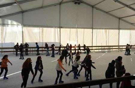 Cene, l'inverno continua: apertura straordinaria della pista di pattinaggio