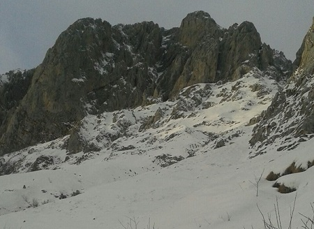 CON LO SNOWBOARD IN ZONA A RISCHIO VALANGHE A COLERE, MULTA PER UN 35ENNE