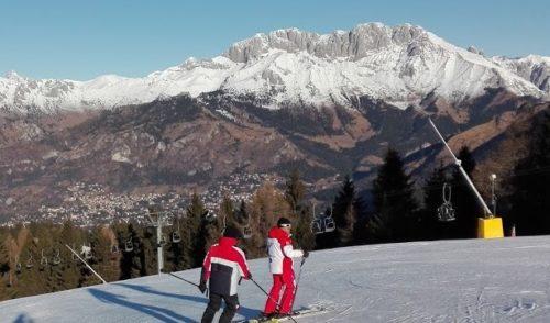 Ragazzi gratis per due weekend sulle piste da sci