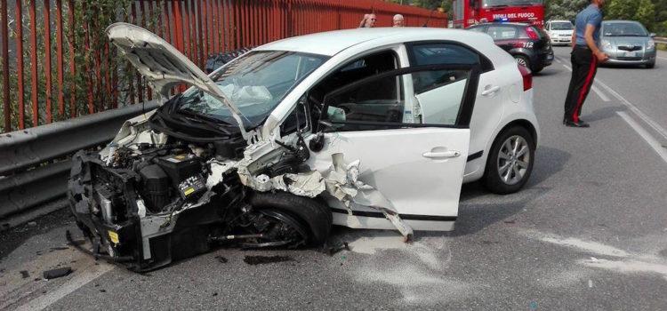 Grave incidente sulla strada provinciale a Fiorano, traffico in tilt