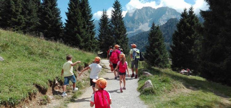Verde, sportiva, poliglotta e lunga: com'è stata l'estate dei turisti in Val Seriana