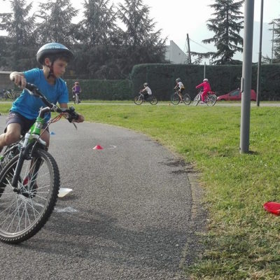 Mattinata sulle due ruote per i bambini della Valle Seriana – video e foto