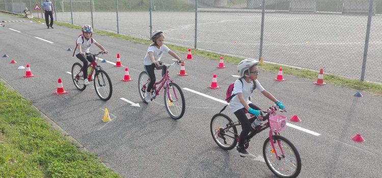 Cene, una giornata in bici per promuovere il ciclodromo