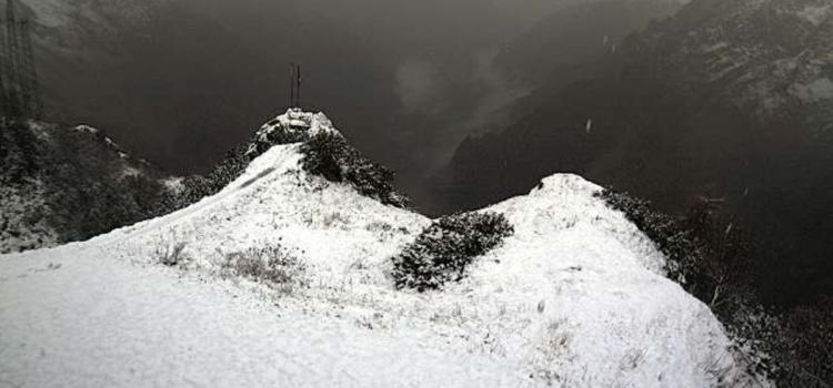 Fine settimana autunnale, piogge in Val Seriana e neve sulle Orobie