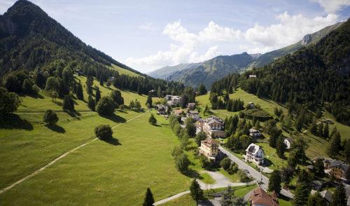 Stilato l'annuario degli alberghi in provincia di Bergamo, Castione secondo con 910 posti letto