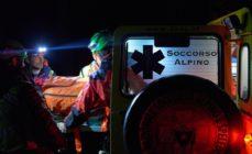 Escursionisti recuperati di notte sul Pizzo Camino, operativo l'elisoccorso abilitato al volo notturno