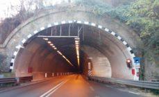 Incidente nella galleria Montenegrone, traffico in aumento