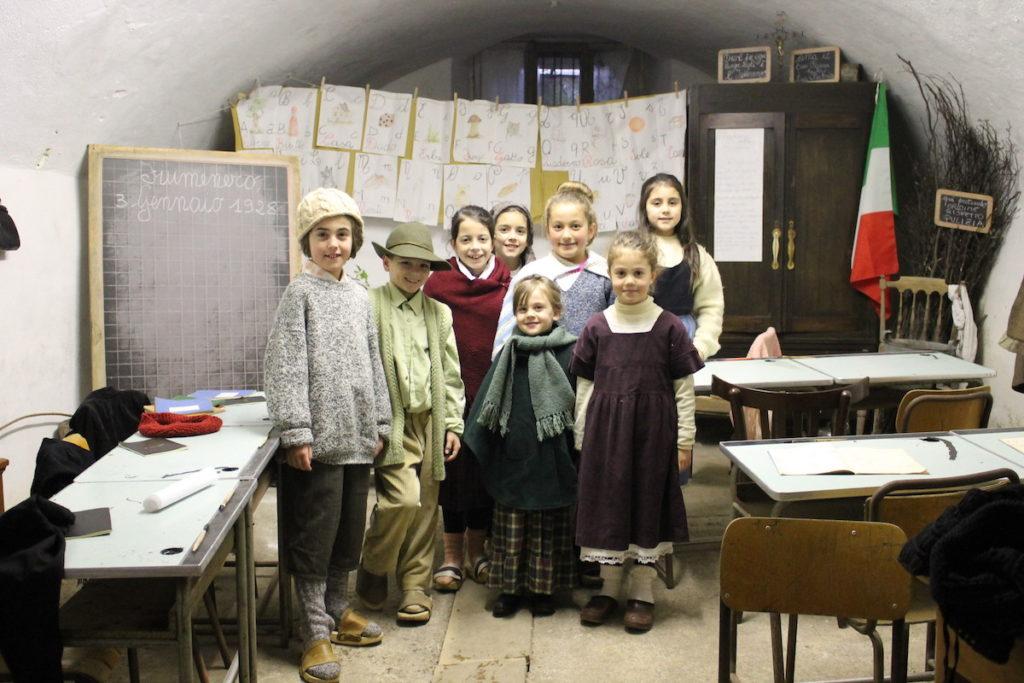 scuola-fiumenero-presepe