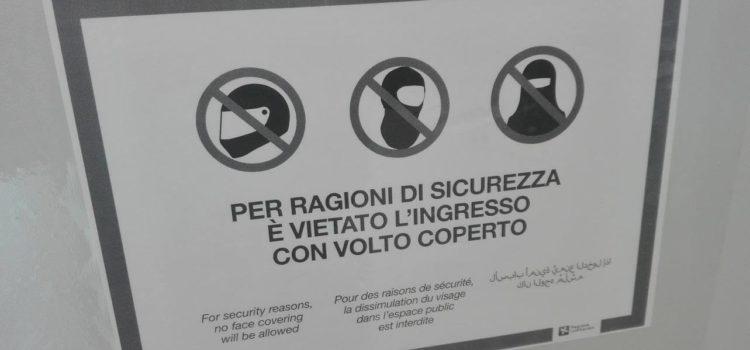 Regione Lombardia chiede di vietare burqa e niqab in tutti i luoghi pubblici