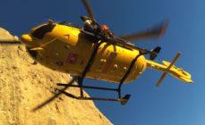 Ribaltamento a Gorno, 73enne soccorso con l'elicottero