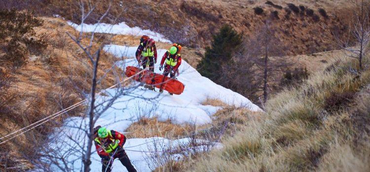 In difficoltà all'Alpe Corte, soccorsi in azione per un 63enne