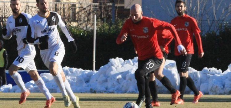 Virtus Bergamo domani in campo a Caravaggio in cerca dei 3 punti