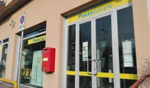 Poste, accordo con i tabaccai della Val Seriana per ritiro e consegna pacchi