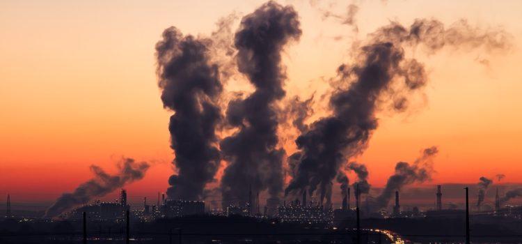 Smog: aria irrespirabile in Lombardia, a Bergamo da inizio anno 24 giorni sopra il limite