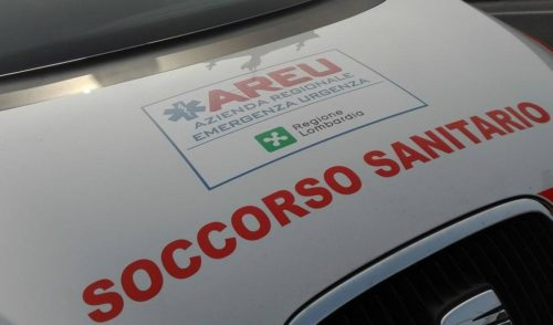 Incidente auto moto a Gazzaniga, 25enne in ospedale