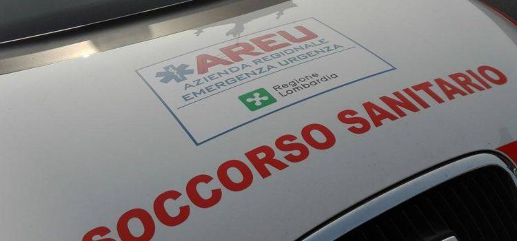 Incidente auto-moto sulla provinciale a Casnigo, ferito 31enne