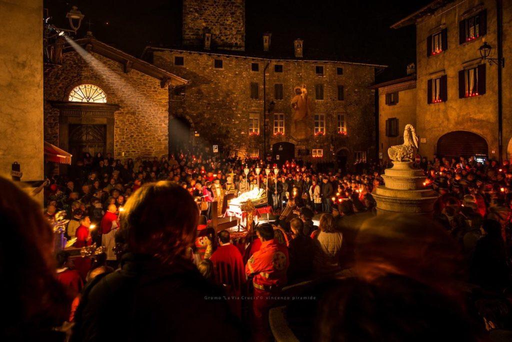 Dal Cassaro a Mondello, le processioni del Venerdì santo