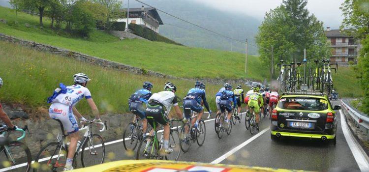 Anche il Soccorso Alpino in strada per il Giro d'Italia