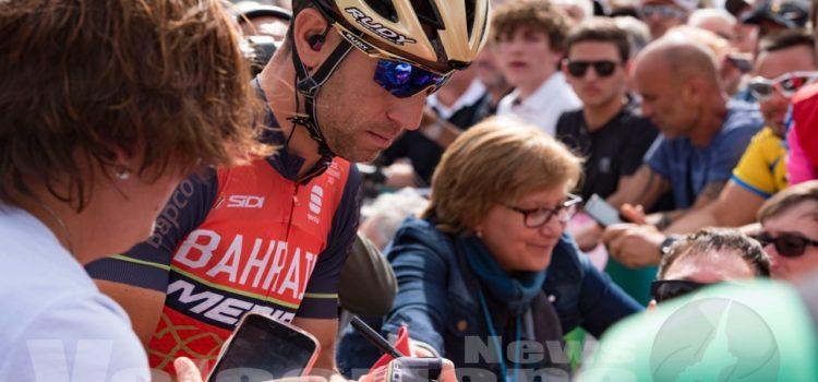 Un'emozionante partenza – le foto del Giro d'Italia a Rovetta