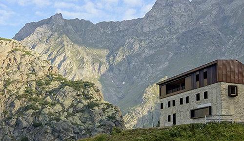 """Valbondione, all'Ostello più alto d'Europa nuovo appuntamento con """"I Sentieri della Musica"""""""