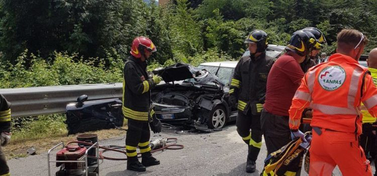 Incidente tra Cene e Gazzaniga: ferite 3 donne, strada riaperta