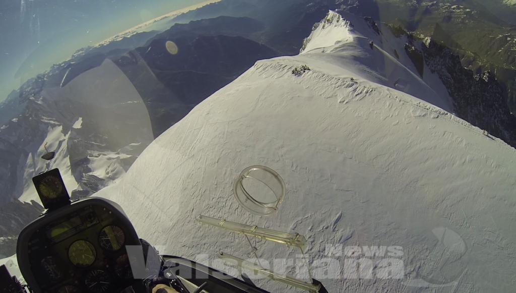 Elicottero Monte Bianco : Nuova impresa per masserini con l elicottero sulla cima