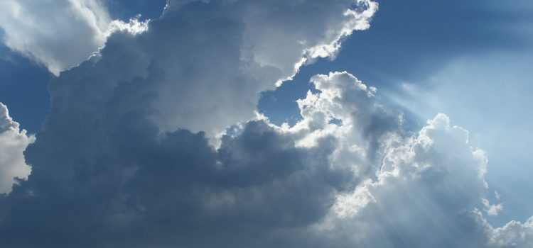 Meteo – Fine settimana tra sole, nubi e qualche pioggia