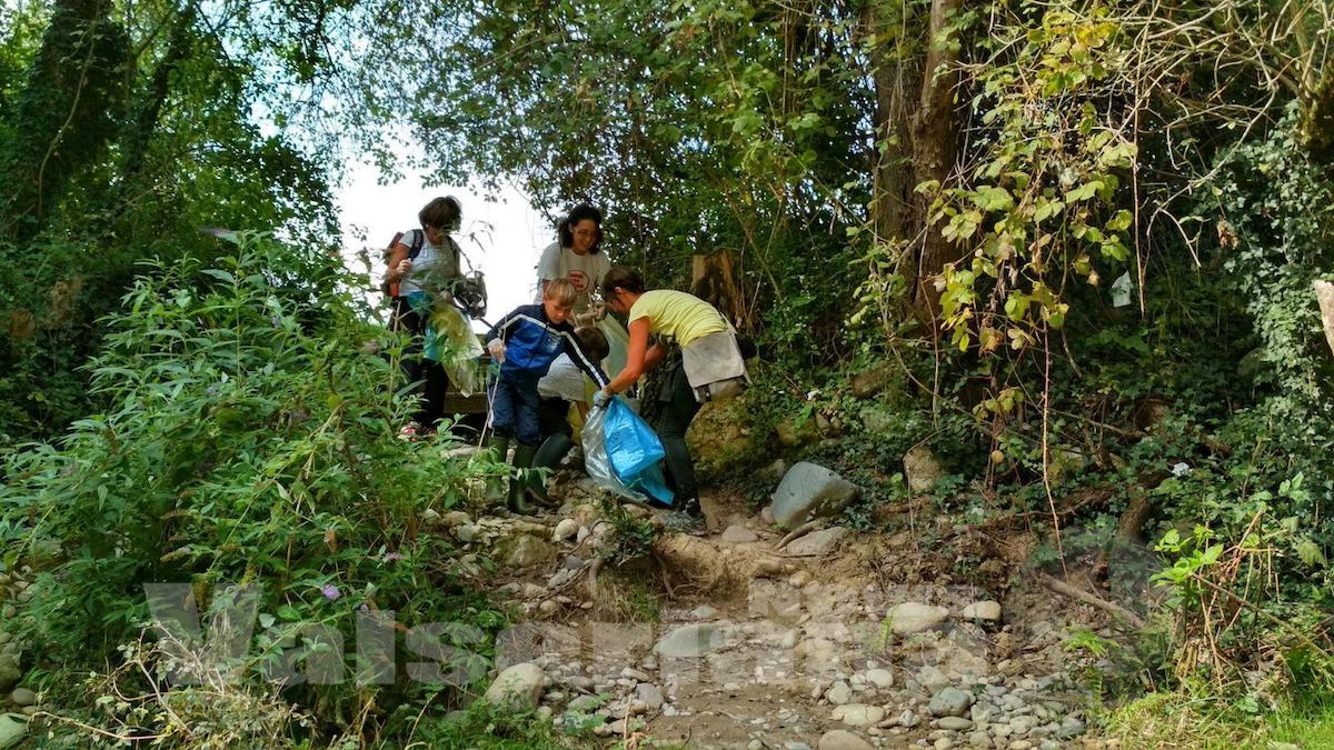 raccolta-rifiuti-fiume-serio5