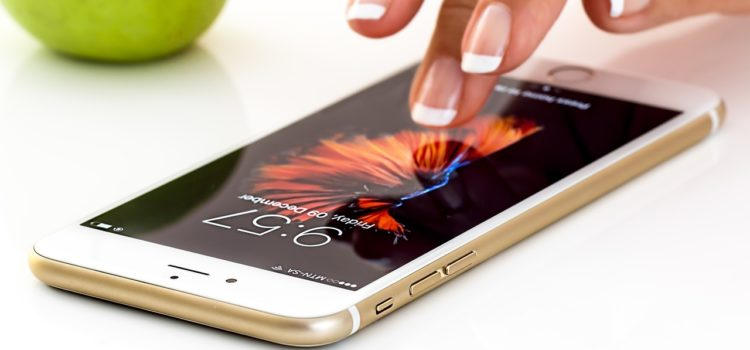 TechCafé – Come mai i cellulari sembrano diventare lenti col tempo?