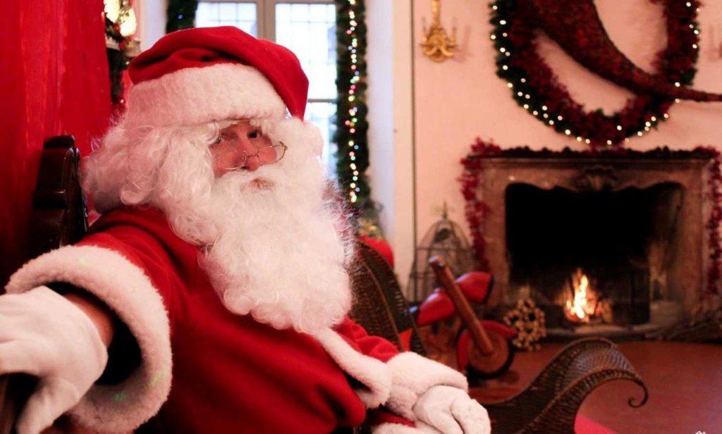 La Casa Bergamasca Di Babbo Natale.Babbo Natale Torna In Provincia La Sua Casa Bergamasca E A Lovere Valseriana News