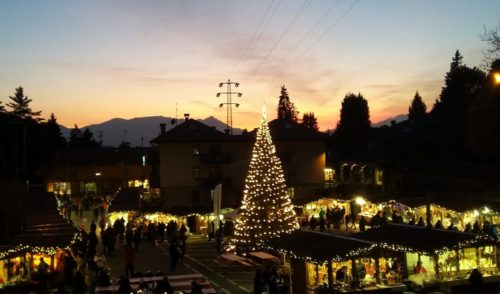 A Castione è già festa, da sabato tornano i mercatini di Natale
