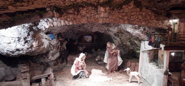 Natale, da Regione 50.000 euro per realizzare presepi nelle scuole lombarde