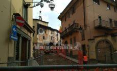 Clusone: nuova veste per Piazza Orologio, partiti i lavori per la nuova pavimentazione – foto