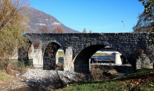Una nuova centralina sul Serio, ad aprile i lavori al ponte romanico di Albino