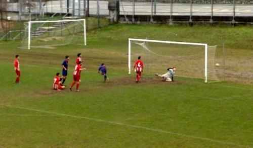 Calcio: pareggio a reti inviolate nel derby San Lorenzo Rovetta – Video