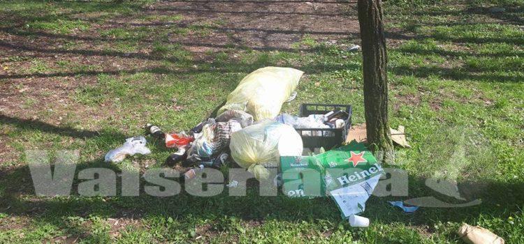 Problema rifiuti nei parchi del fiume Serio, la protesta sui social