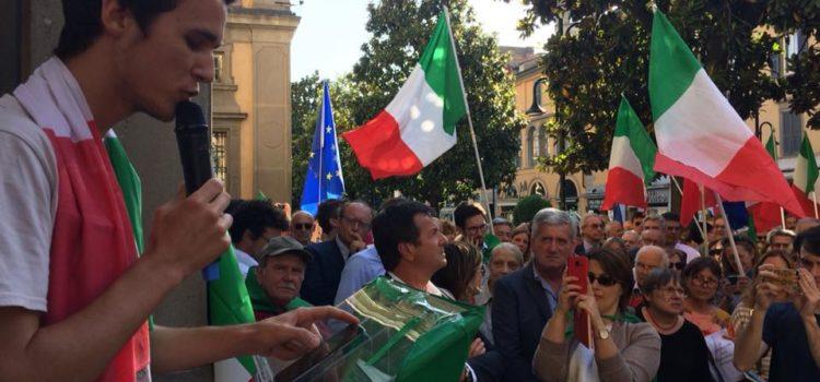 #iostoconMattarella: a Bergamo giovani, gruppi e associazioni in piazza