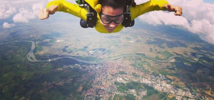 FIT by G – Dalla zumba al paracadute: la mia storia di ordinaria follia