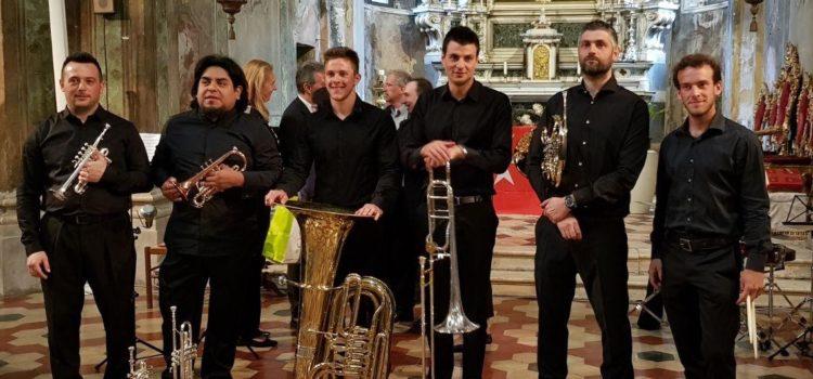 """Tutti pazzi per Bach, ad Ardesio il concerto dei """"Just a Brass Quintet"""""""