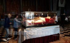 Il passaggio del Papa Buono in carcere e in cattedrale – foto