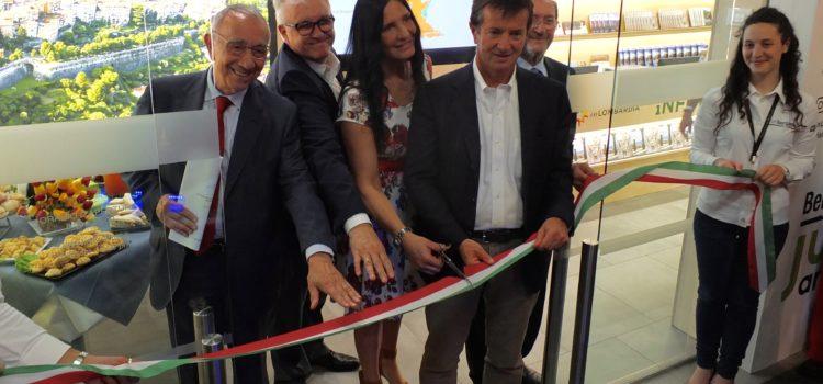 All'aeroporto di Bergamo Orio al Serio il primo Infopoint Gate regionale