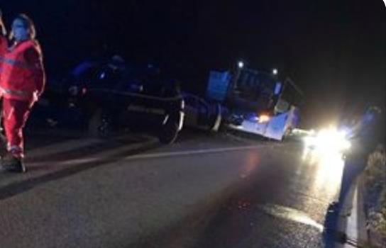 Scontro frontale auto-pullman sulla SP 35 a Villa di Serio, muore donna di 53 anni