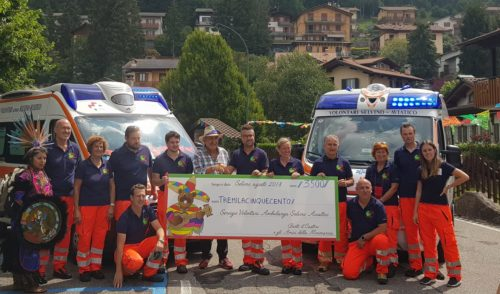 La Minimarcia fa il pienone, donati 3500 euro al Servizio Volontari Ambulanza – foto e video