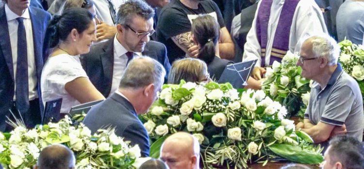 """Lara Magoni ai funerali di stato per Regione Lombardia: """"Pronta a dare il mio aiuto"""""""