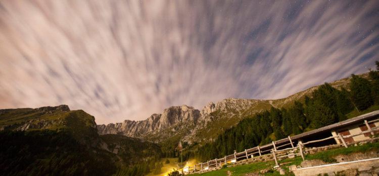 Weekend con le stelle cadenti in Presolana e l'alba alla Diga del Gleno