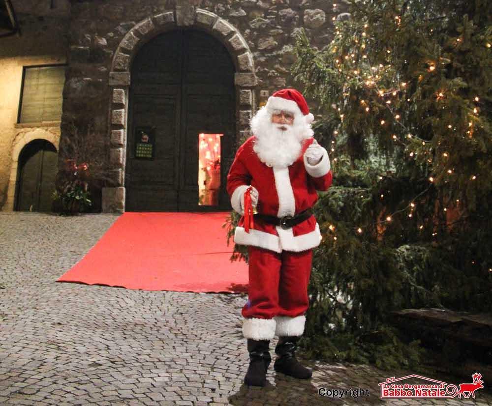 Babbo Natale Babbo Natale.Babbo Natale Torna In Val Seriana Da Novembre La Casa Bergamasca E