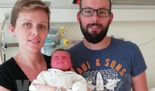 Alice è l'ultima bimba nata a Piario