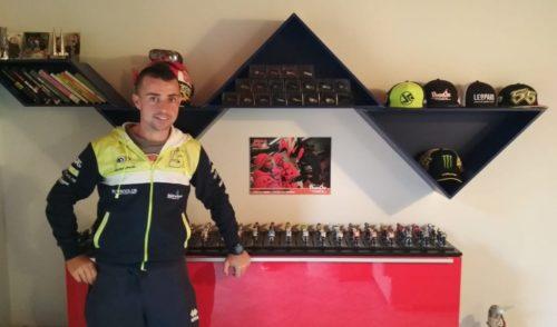 Tutte le moto di Valentino Rossi… in casa: la passione per le due ruote di Giorgio